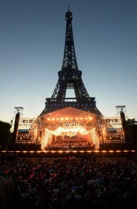 F_A_Concierto_Torre_Eiffel.jpg