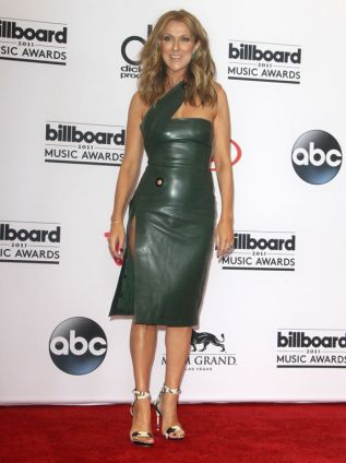 Celine-Dion-aux-Billboard-Music-Awards-2015_exact1024x768_p.jpg