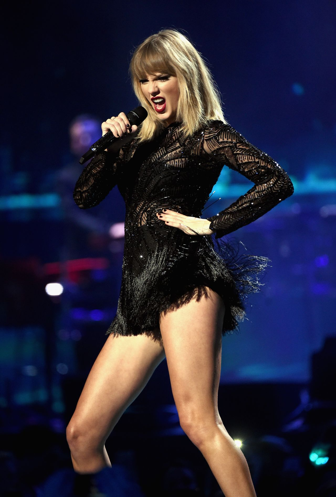 taylor-swift-2017-directv-now-super-saturday-night-concert-in-houston-2-4-2017-1.jpg
