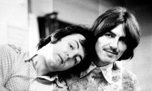 Paul-and-George-the-beatles-16254377-500-300.jpg