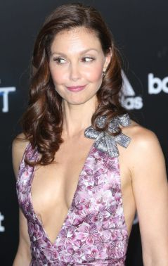 eecfc1adbeceaa852de8e5c4a500358d--ashley-judd-beautiful-people.jpg