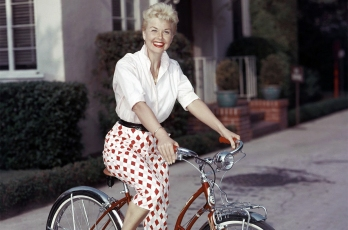Doris-Day-1955-billboard-1548.jpg