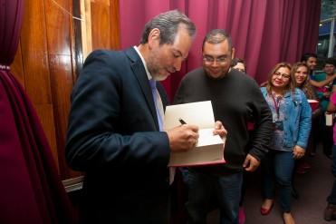 PRESENTA IPN EL ÚNICO LIBRO DE ACUTOMOMEDICINA EN OCCIDENTE (1).jpg