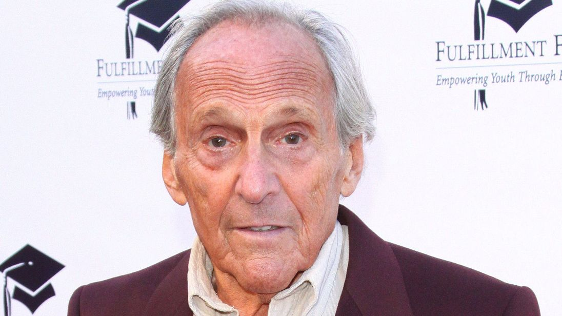skynews-norman-gimbel-lyricist_4532509.jpg