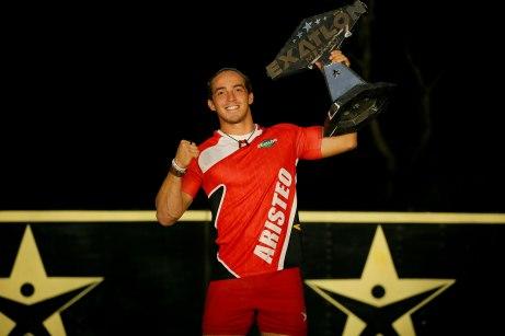 Aristeo Cázares ganador de Exatlón México.jpg