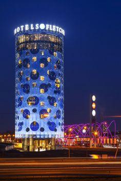 0b34f126934364f306b55a5c1f43cdc5--amsterdam-architecture-hotel-amsterdam.jpg