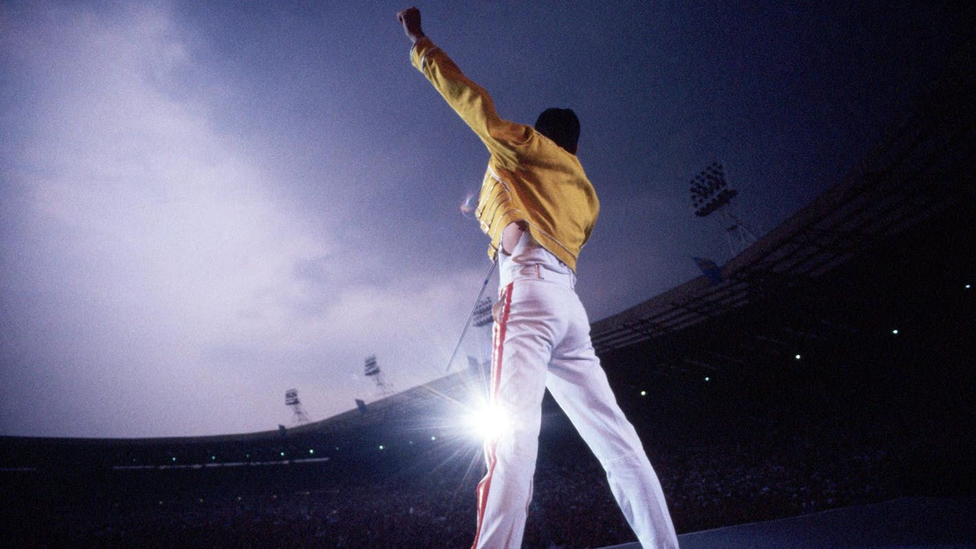 1526676866508113-1468872_freddie-mercury-wallpaper-hd.jpg