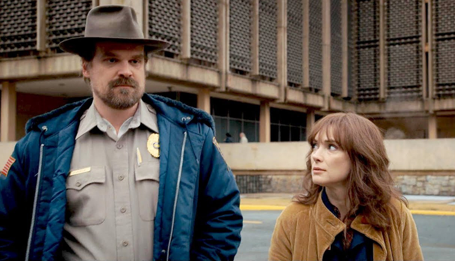 hopper-joyce-stranger-things-1.jpg