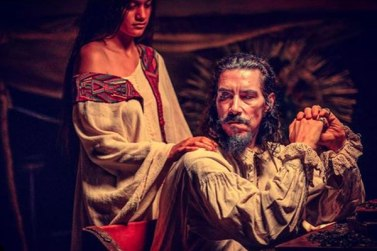 Oscar-Jaeneada-Hernan-Cortes.jpg