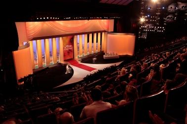 Grand-Théâtre-Lumière-Foto-Louis-Fauquembergue-FDC.jpg