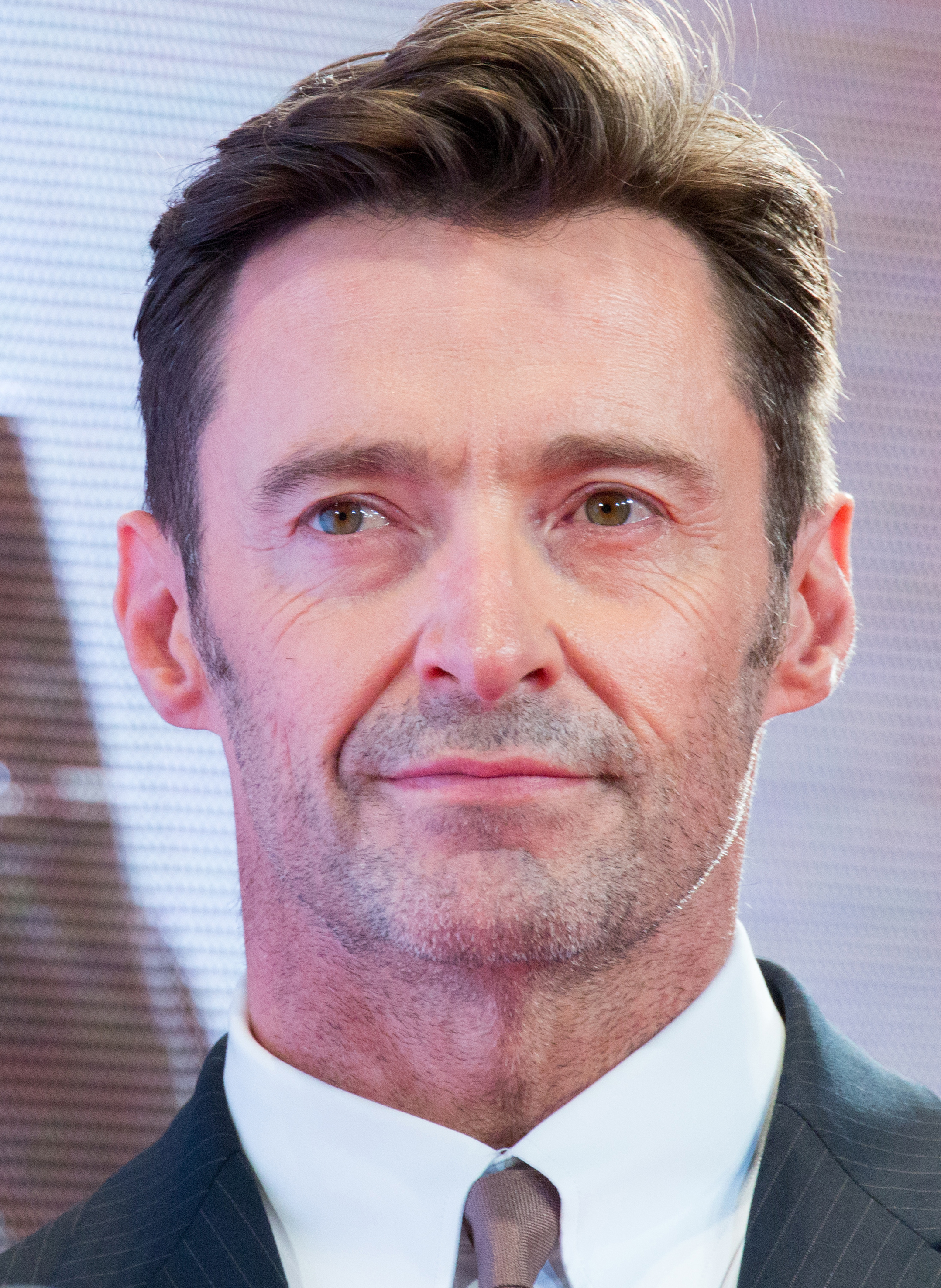 Logan_Japan_Premiere_Red_Carpet-_Hugh_Jackman_(38445328406)_(rotated)
